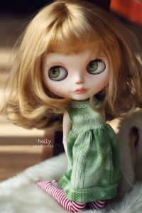 Holly Doll Cute Pose