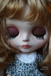 Holly Blythe Doll Sleep Eyes