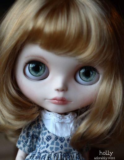Hollys Green Eyes