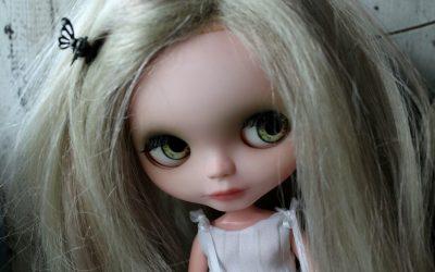 Custom Blythe Doll #11: Daphne