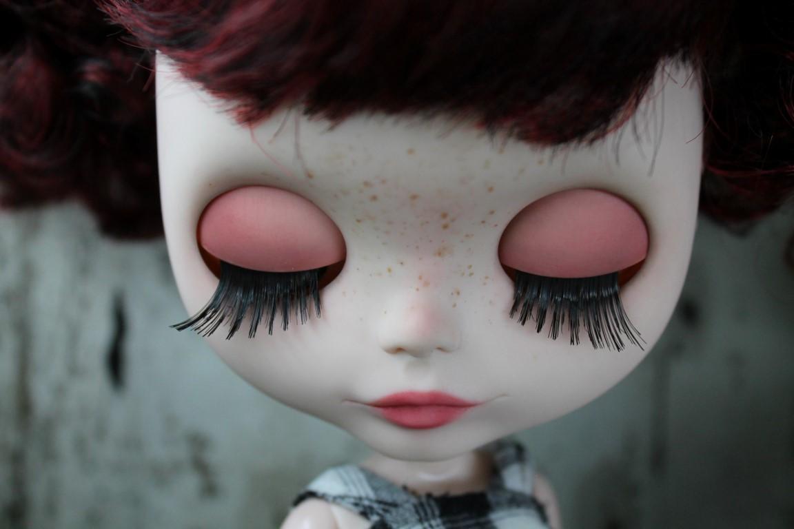 Rosalinda - custom blythe doll