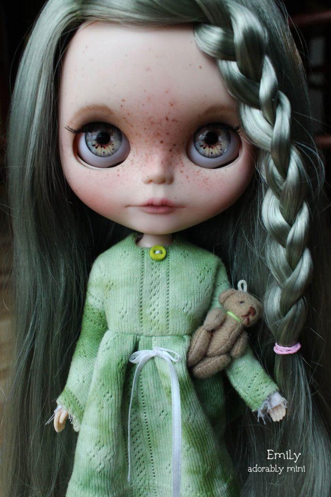 Blythe-Doll-18-Emily---19