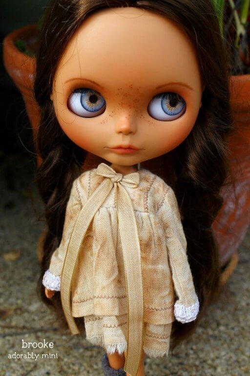 Blythe-Doll-22-Brooke-02