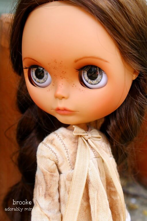 Blythe-Doll-22-Brooke-08