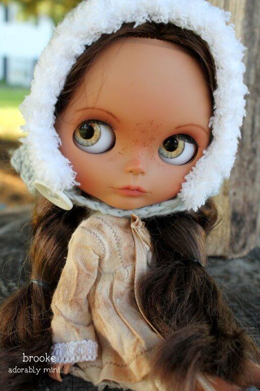 Blythe-Doll-22-Brooke-13