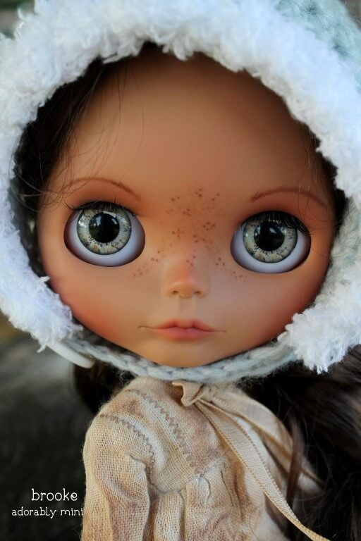 Blythe-Doll-22-Brooke-15
