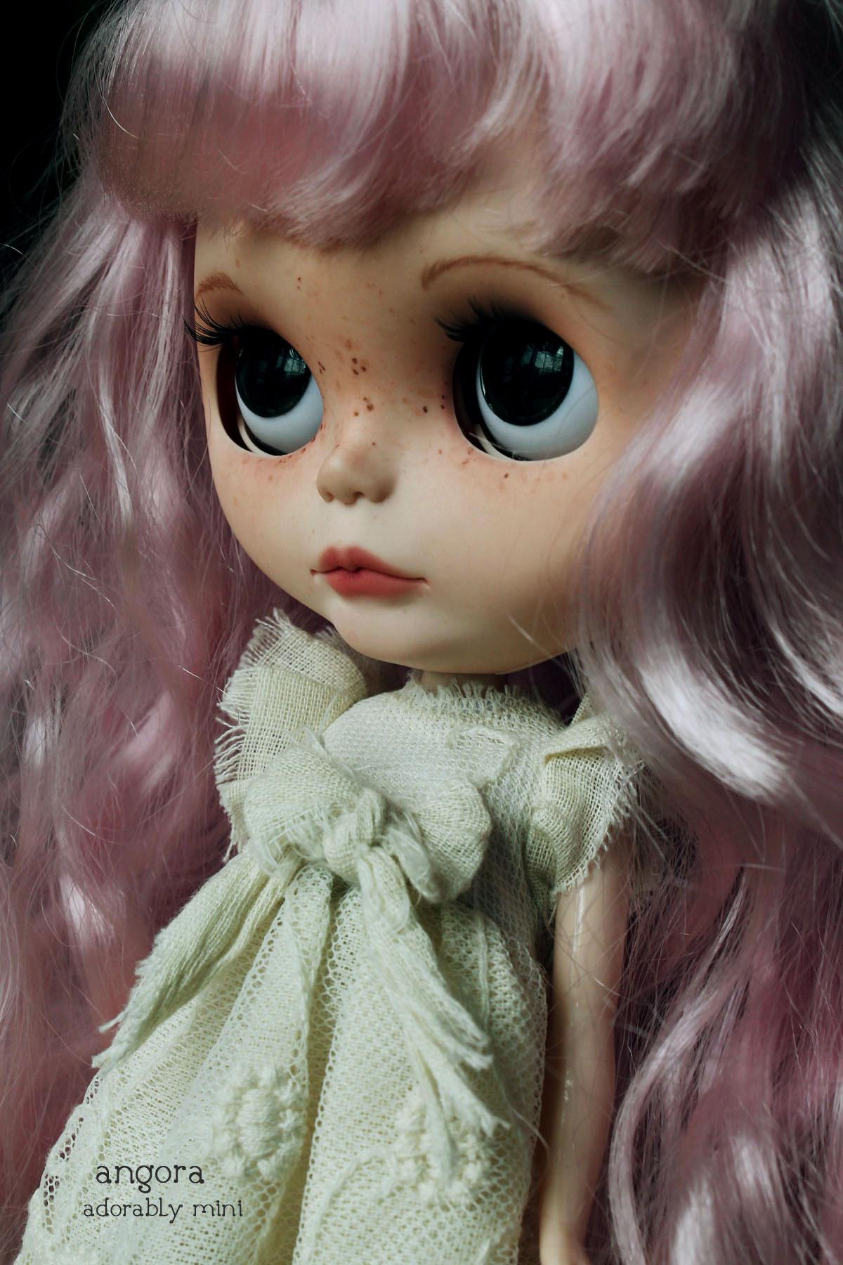 Blythe Doll 26-Angora 02