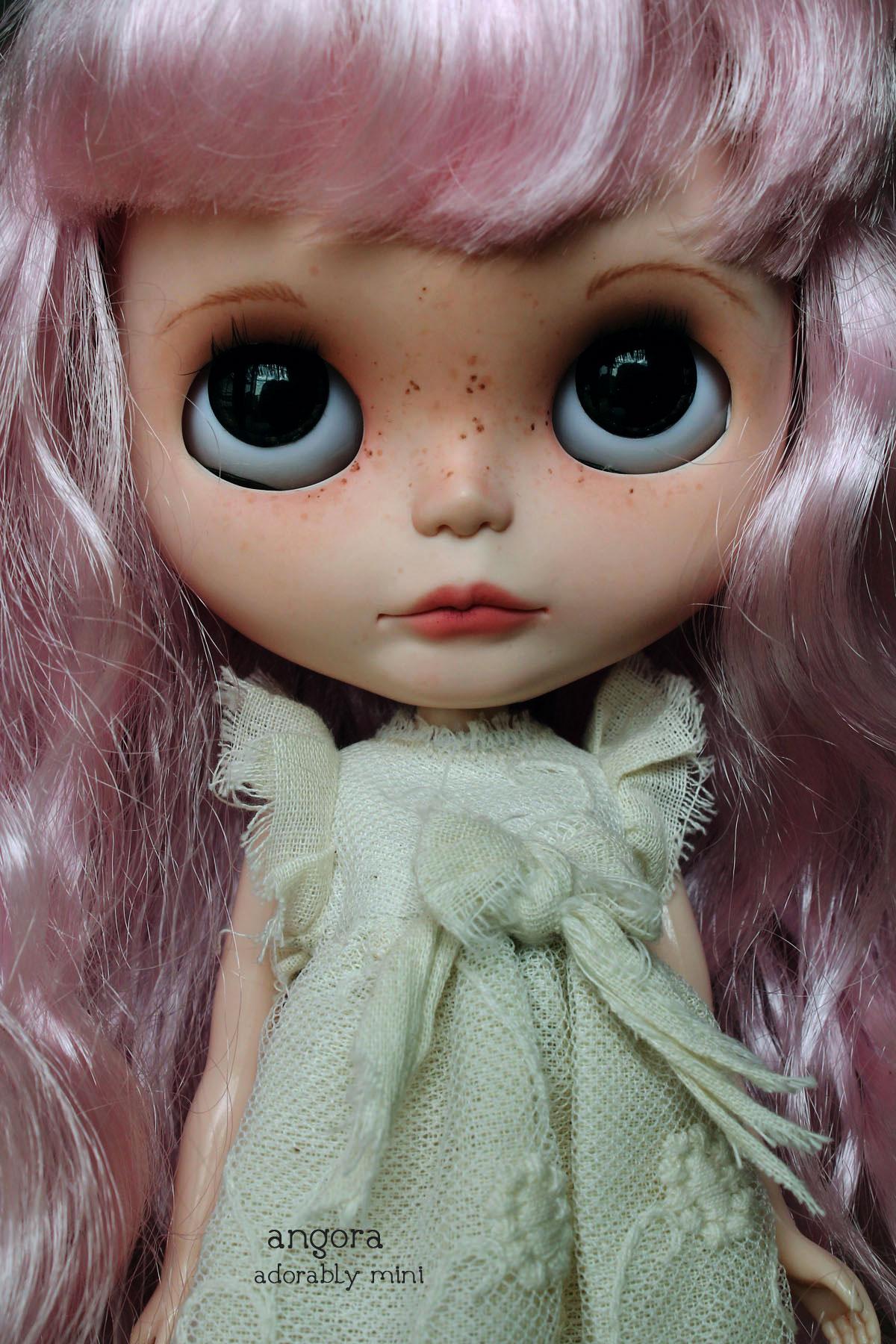 Blythe Doll 26-Angora 08