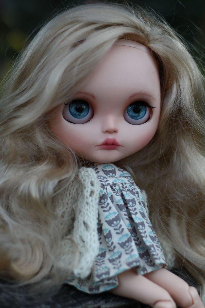 Blue Eyed Blythe Doll 'Harmony'