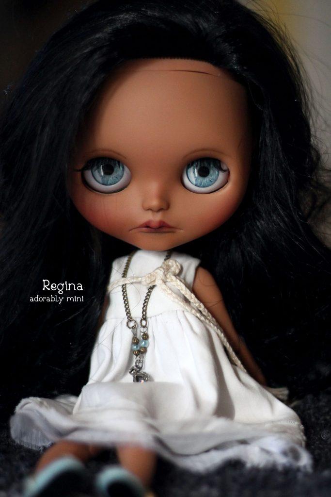 Pretty Blythe Doll no33 - Regina