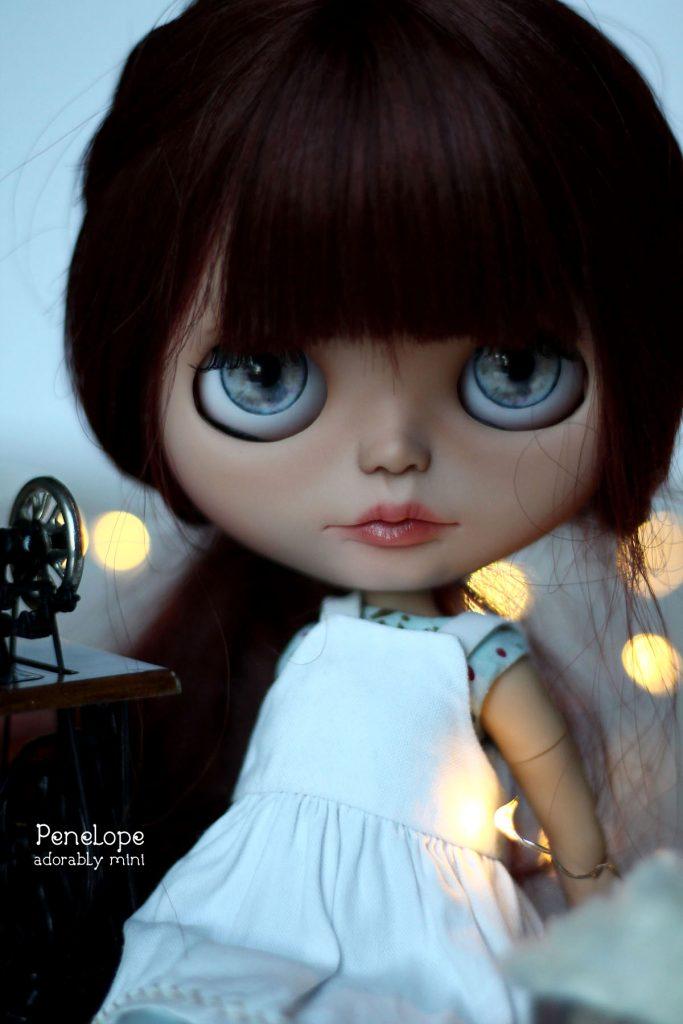 Custom OOAK Blythe Penelope Close Up