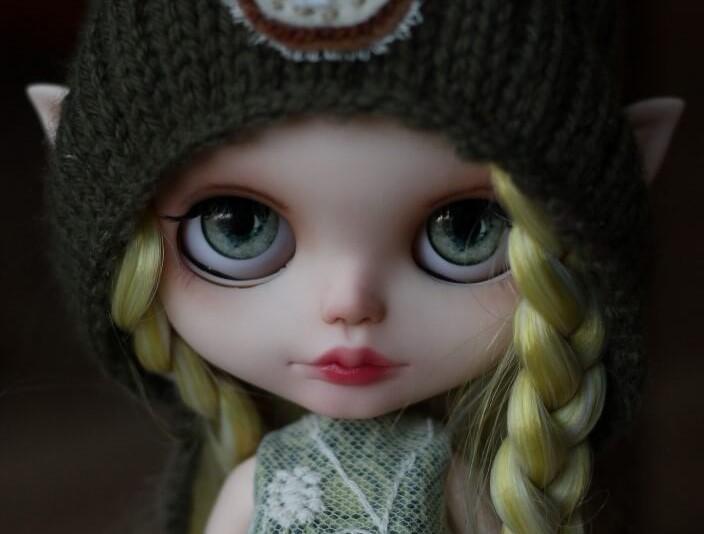 Custom Blythe Doll no37 Gwynn-feat