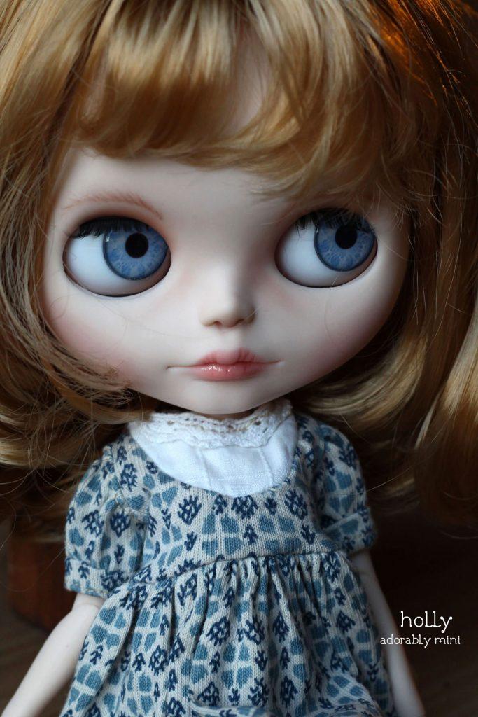 Blythe Doll Holly