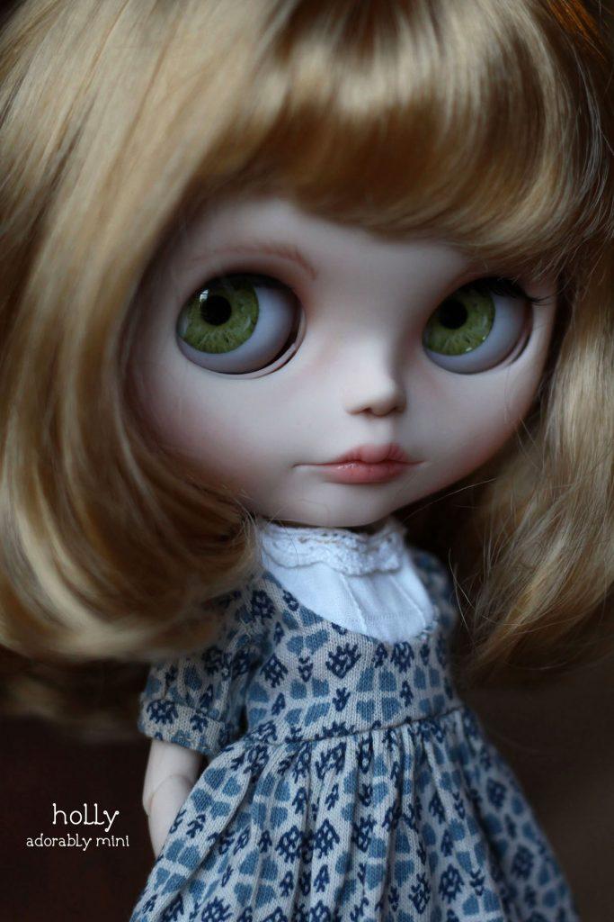 Holly Custom Blythe Green Eyechips