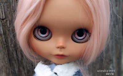 Custom Blythe Doll #17: Eevie